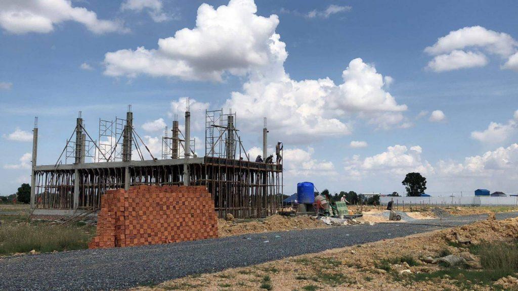 カンボジアボレイ建設