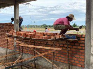 カンボジア壁作建設